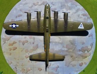 "Academy 1/72 B-17G ""Special Nose Art Edition"""