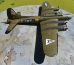 "Academy 1/72 B-17G ""Special Nose Art Edition"""