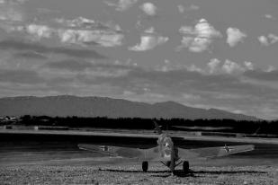 Stuka Airfield_002 bw