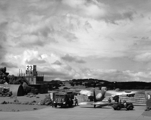New Airfield nikon 8-16 034 bw