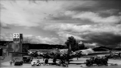 New Airfield nikon 8-16 045 bw