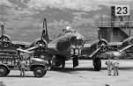 USAAF Resupply_B-17_010